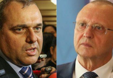 Двама русенски депутати са рекордьори по ползване на служебни коли